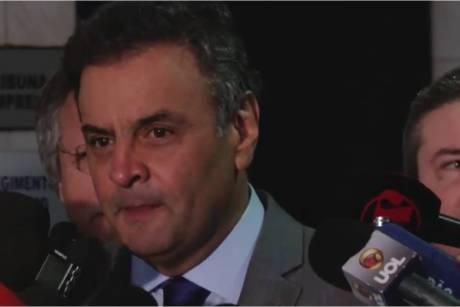 Aécio sobre Dilma