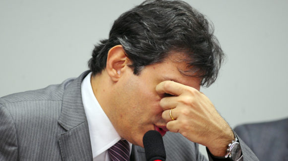 Assim como Dilma em 2014, Haddad mente para o eleitor na campanha