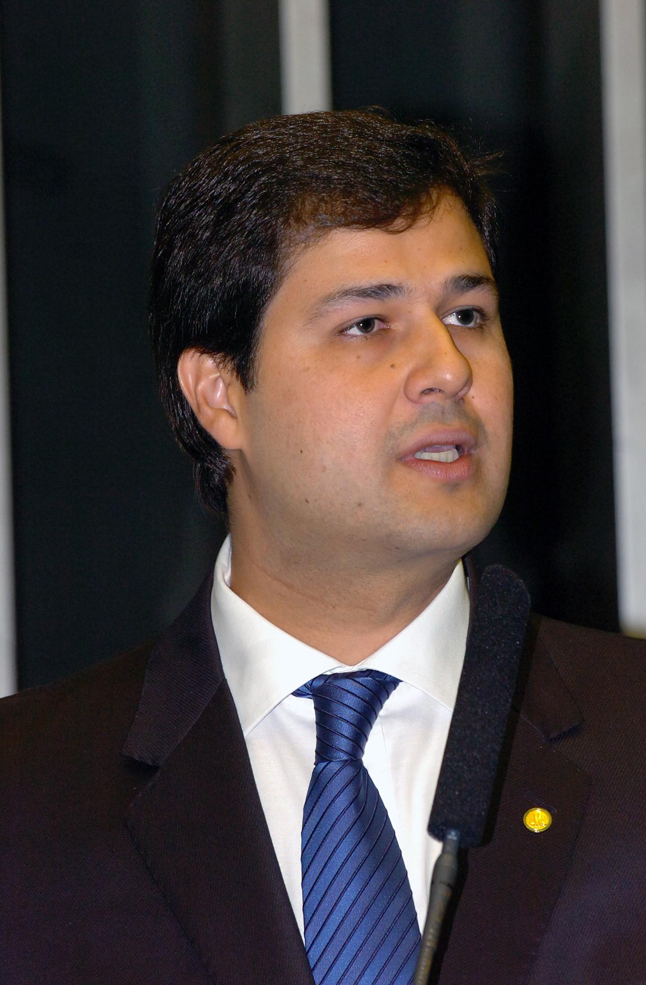 Machado: PSDB está pronto para atuar pelo Brasil