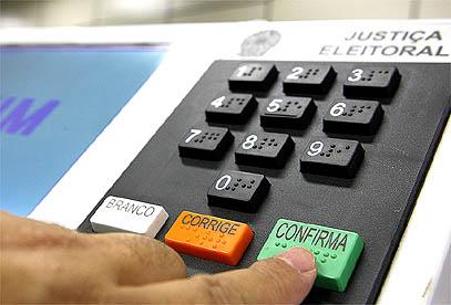 Parlamentares do PSDB defendem voto impresso acoplado ao voto eletrônico