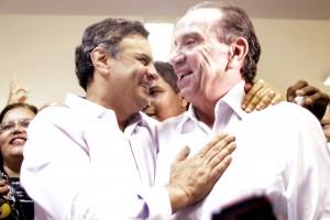 Aécio Neves , lança o portal de voluntários _Vamos Agir_ - Igo Estrela12