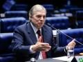 Tasso afirma que país está sem rumo e defende debate no Congresso sobre crise