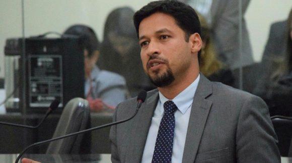 Ressaltando necessidade de união, Rodrigo Cunha lamenta violência no pleito político