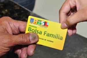 cartao-bolsa-familia-480x320