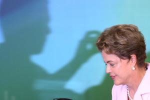 Brasília-DF 27-08-2015 Brasília/DF   Lula Marques/ agência PT  presidenta Dilma durante Cerimônia de recepção às delegações do Brasil nos Jogos Pan-Americanos e Parapan-Americanos de Toronto 2015 e homenagem aos 10 anos do Programa Bolsa Atleta. (Palácio do Planalto – Salão Nobre)