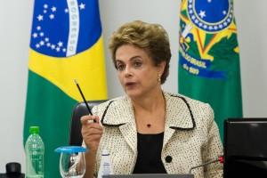 Dilma_fala-do-combate-ao-Zika_com-ministros10022016004