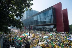 955704-protesto_paulista120415_3