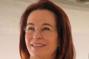 Izabel Lorenzetti