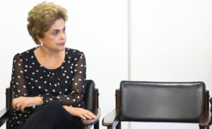 LM_Dilma-Rousseff-assinatura-contrato-secretaria-de-portos_01013042016