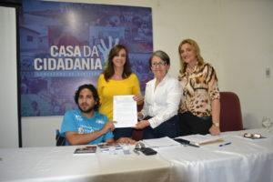 Márcia Maia FOTO ass Carta-proposta Assinatura