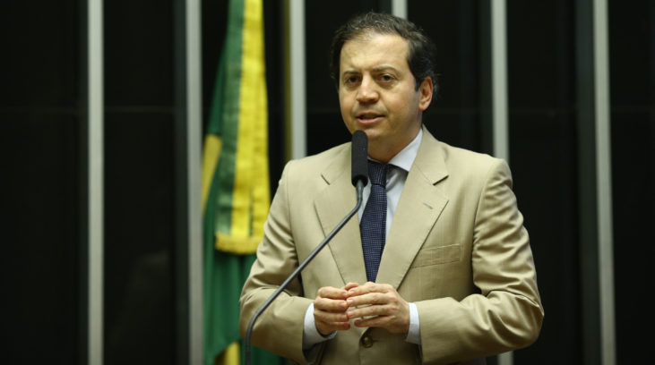 Avanço de caos financeiro em Minas é reflexo do desmonte provocado pelo PT, diz tucano