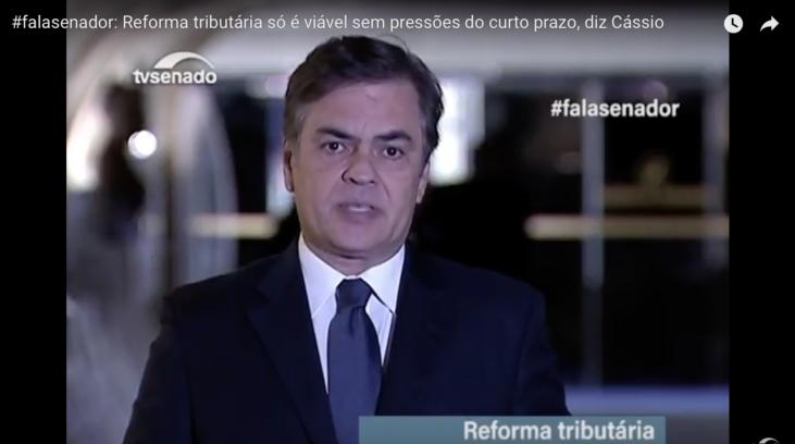 #pracegover: senador Cássio Cunha Lima - print de entrevista da TV Senado