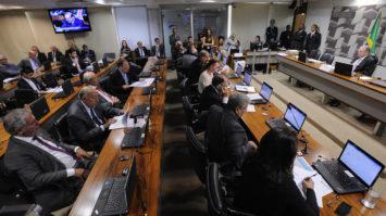 #pracegover: foto panorâmica da Comissão de Assuntos Econômicos (CAE) no Senado