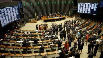 Tucanos destacam movimento pela retirada de apoios à CPI da Lava Jato