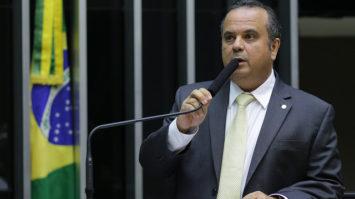 Caravana de Lula no Nordeste omite dados, diz Marinho