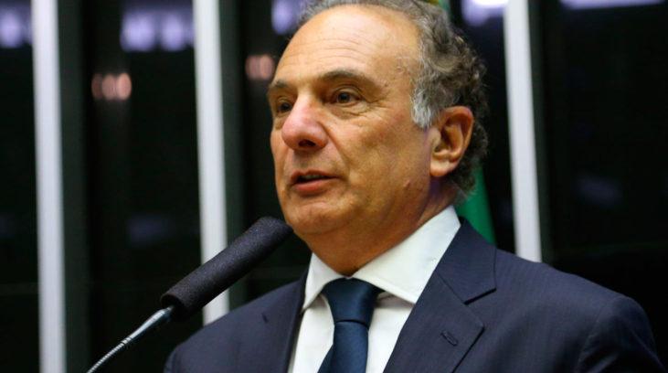 Líder diz que PSDB está empenhado em aprovar reformas essenciais ao país