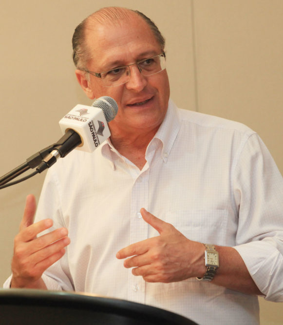 Alckmin defende fim de discriminação salarial contra mulheres