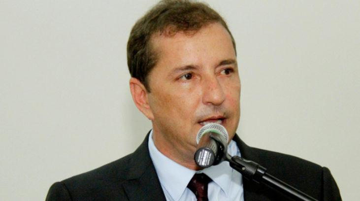 Hildon Chaves pede modernização de leis para garantia de emprego e renda