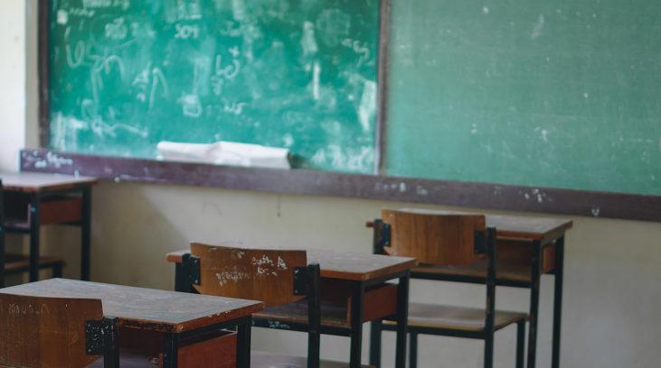 """Pátria Educadora"""" de Dilma deixou quase metade dos jovens fora do ensino médio"""