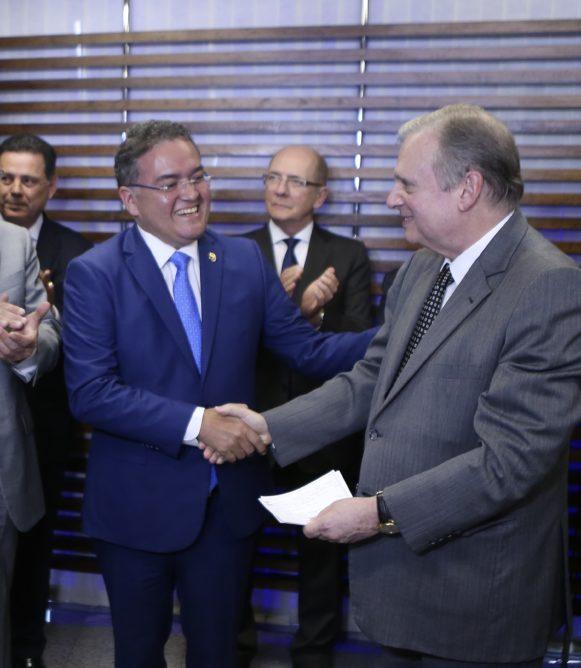 Com filiação de Roberto Rocha, PSDB passa a ter 12 senadores