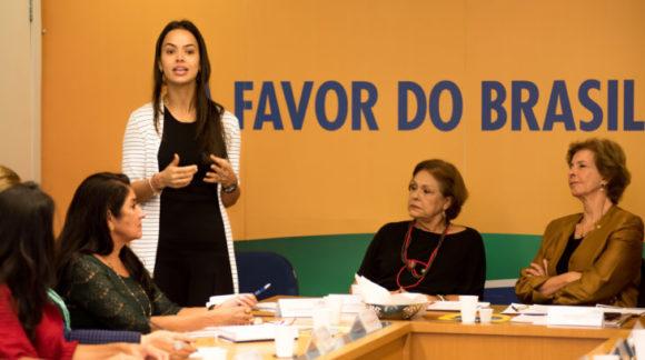 Shéridan debate agenda propositiva em reunião do PSDB Mulher