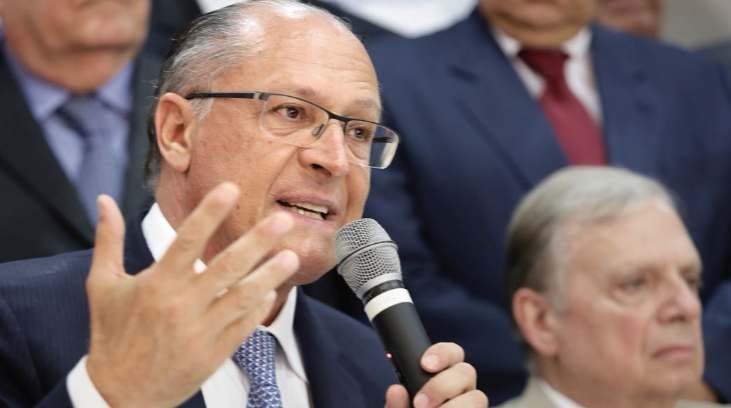 """""""Eleição não é Vale-tudo"""", diz Alckmin"""