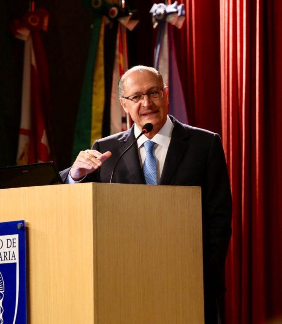 Confira coletiva de Alckmin após debate no Instituto de Engenharia de SP