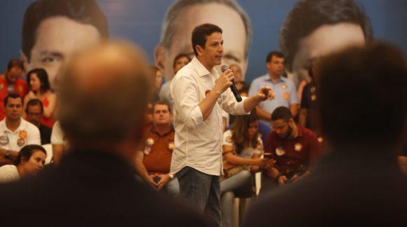 Com experiência como deputado e ex-ministro, Bruno Araújo pode ser o mais jovem senador de Pernambuco