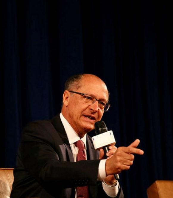 Alckmin reafirma compromisso de implantar ações de combate ao tráfico de armas e drogas