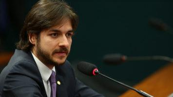 Pedro Cunha Lima defende reestruturação da carreira de professor