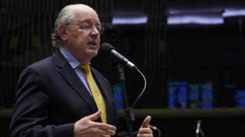 Hauly recebe apoio de prefeitos para votação da reforma tributária