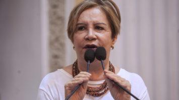 Projeto de Terezinha Nunes reserva às mulheres 50% dos cargos de chefia do Estado