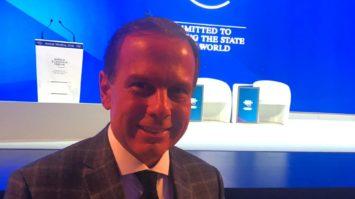 Em Davos, João Doria é apresentado como possível presidente do Brasil no futuro