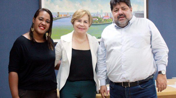 Terezinha atua junto ao Estado para priorizar famílias de crianças com microcefalia no MCMV