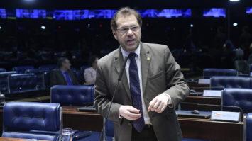 Plinio critica proposta de reforma apresentada pelo governo e prega diálogo