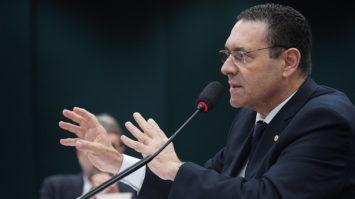 """Avança PL de Vitor Lippi que incentiva desenvolvimento da """"internet das coisas"""""""