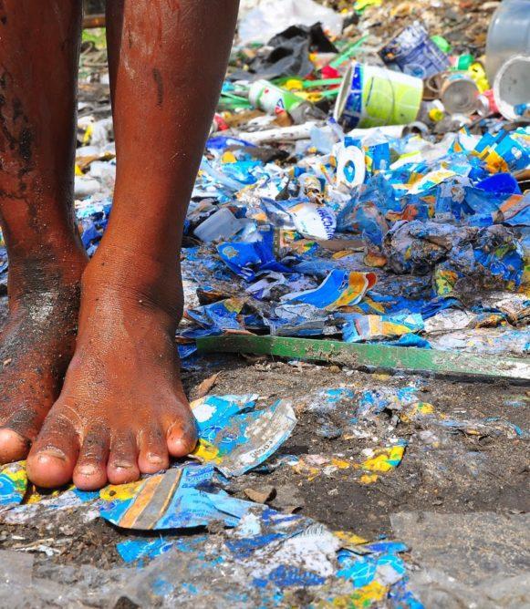 Estatais de saneamento gastam mais com salários que em melhorias na rede; PSDB defende novo marco regulatório