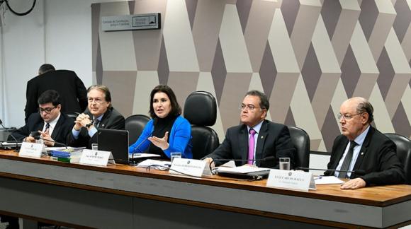 Tucanos participam de audiência pública sobre reforma tributária (Foto: Jefferson Rudy/Agência Senado)